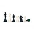 Schachfiguren aus Plastik